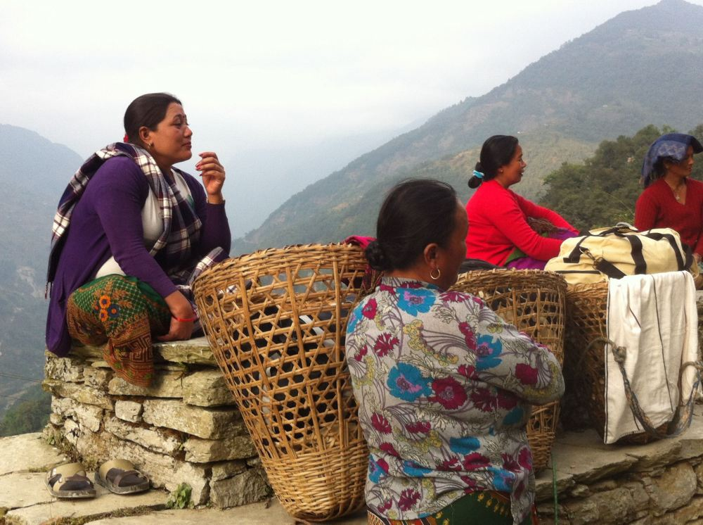 Women baggage handlers in Nepal