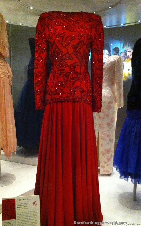 Dress worn by Queen Elizabeth shown at Kensington Palace