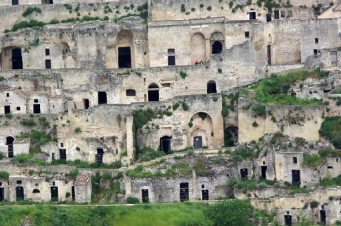 Matera cave dwellings. Photo by curious-places.blogspot.fr