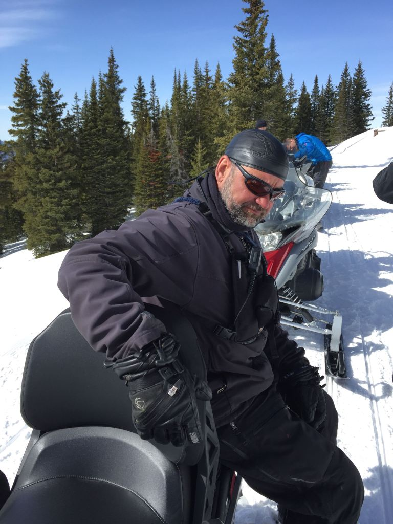 ski solo